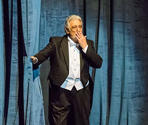 Placido Curtain-MCFTA_031916_DG-280 WEBEDIT.jpg